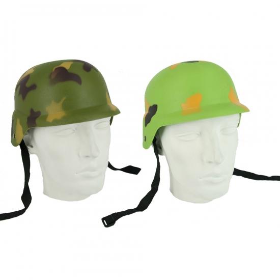 Helm met leger print